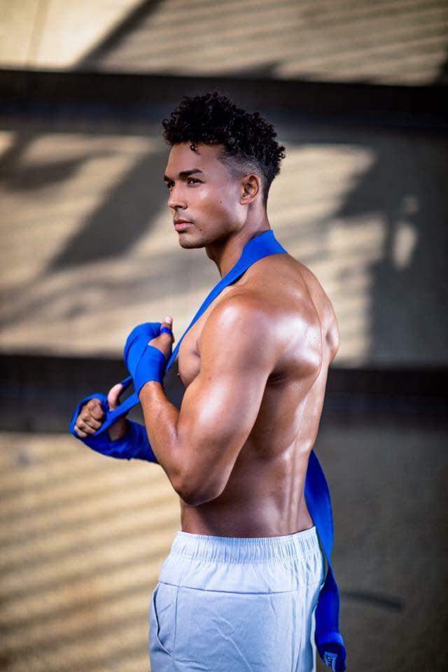 barry-conrad-chris-mcgeown-fitness-model